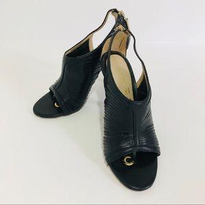 L.A.M.B black leather sandals open toe Brazil 5.5